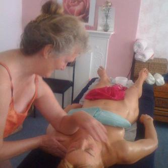 Hawaiian Lomi Lomi massage by Carrie Thomas of Touchwood.